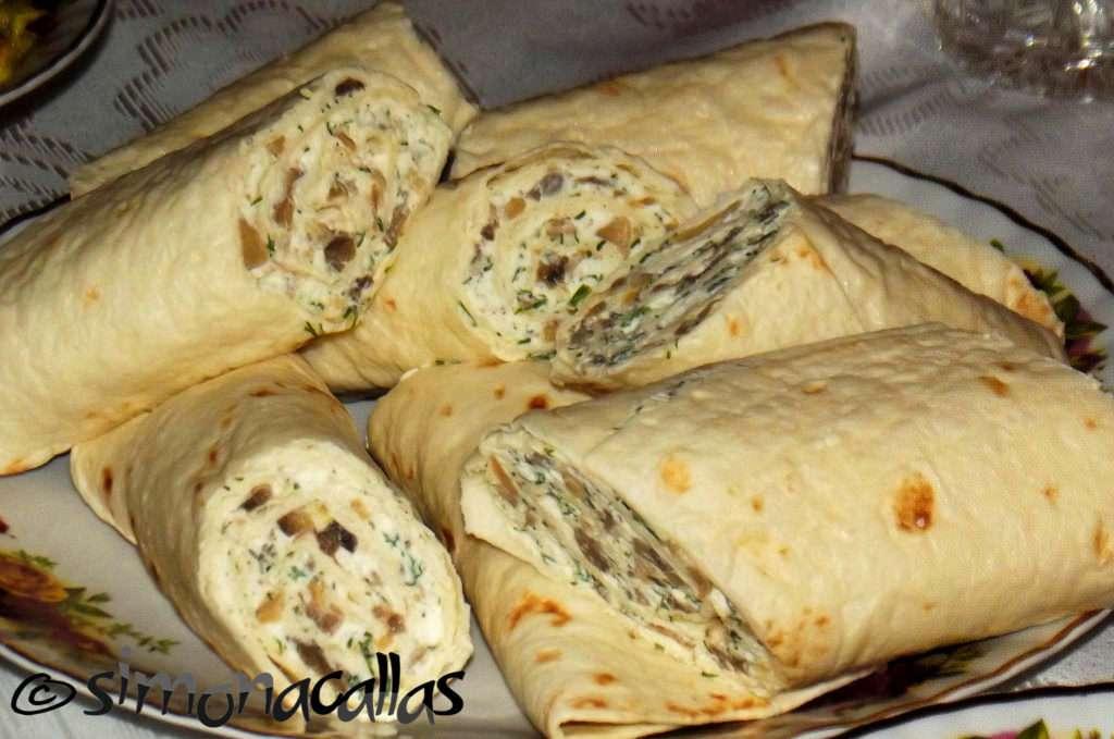 Rulouri-tortilla-ricotta-ciuperci-1
