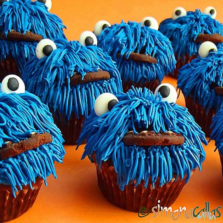 Cookie Monster Cupcakes – reţeta pas cu pas