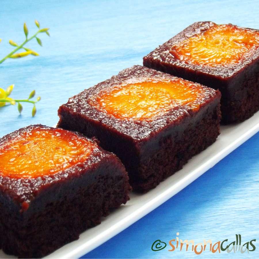 Negresa cu ciocolata si caise – o prajitura de casa deosebita