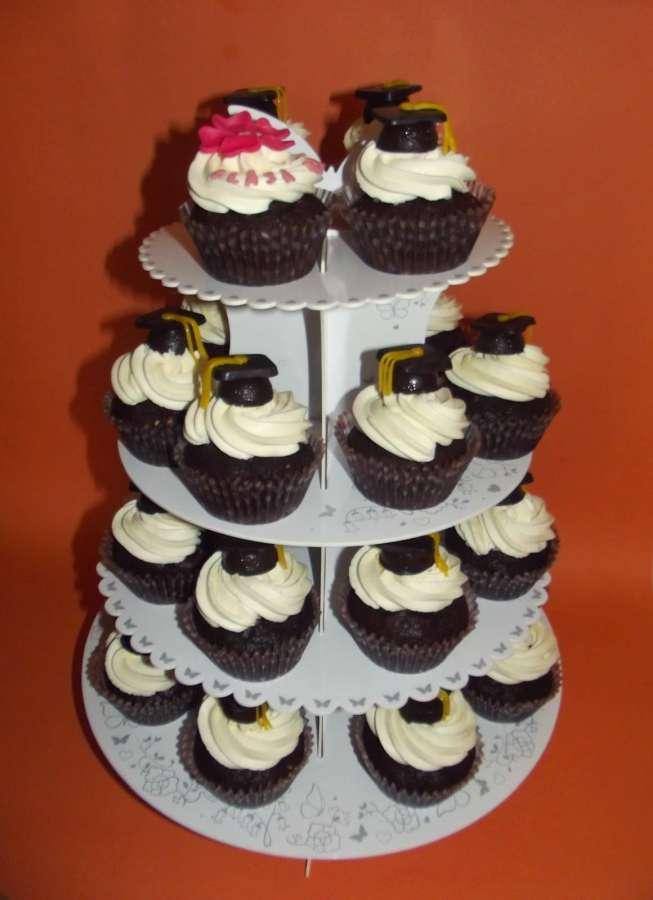 Cupcakes de absolvire liceu – reteta si tutorial