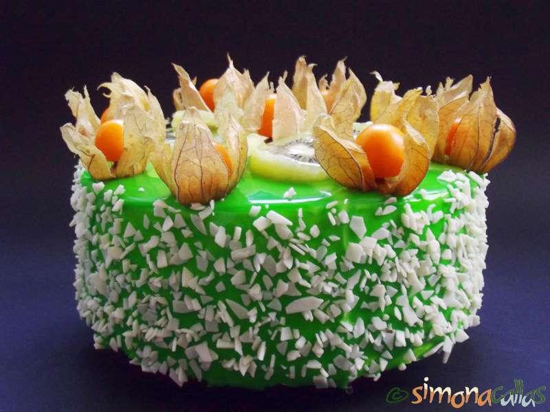 Tort-Exotic-Green-cu-fructe-si-ciocolata