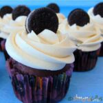Cupcakes de ciocolata cu Oreo