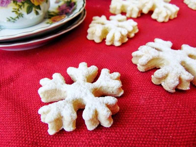 Biscuiti fulg de nea de post / Vegan Snowflake Cookies
