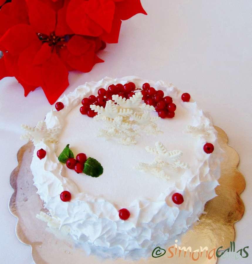 Tort de Craciun alb si rosu
