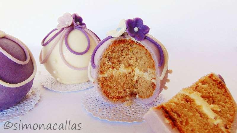 Tort-sferic-Bauble-cake-6