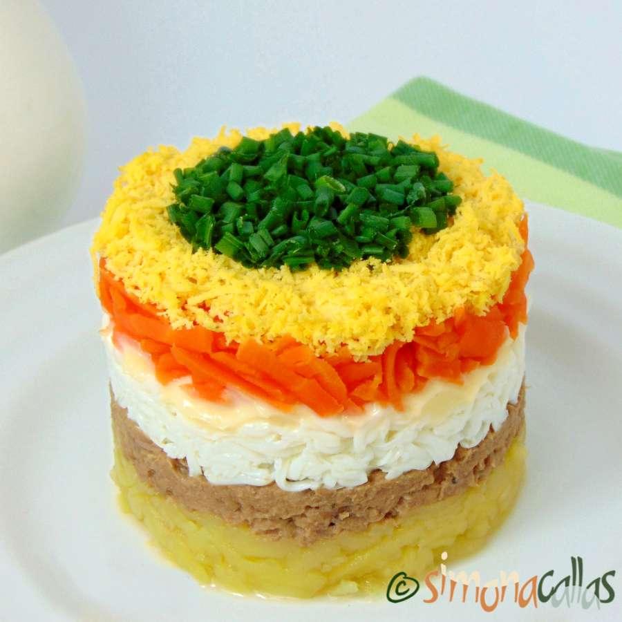 Salata Mimoza Mimosa Salad aperitiv cu peste