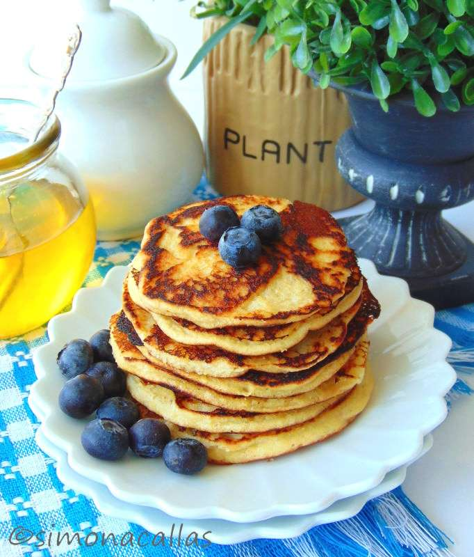 Pancakes-dietetice-cu-cocos-1