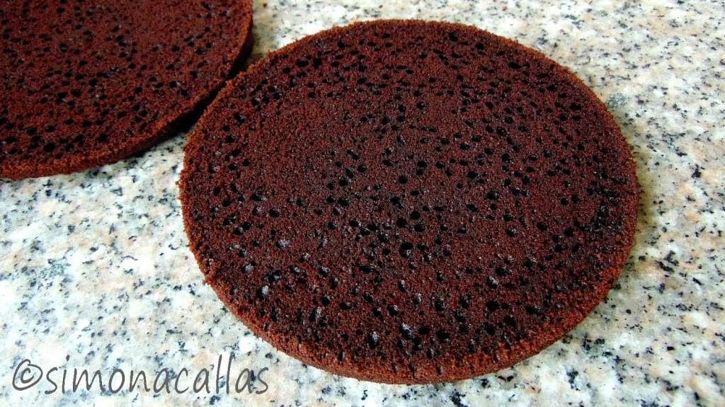 Tort cu ciocolata si caramel c