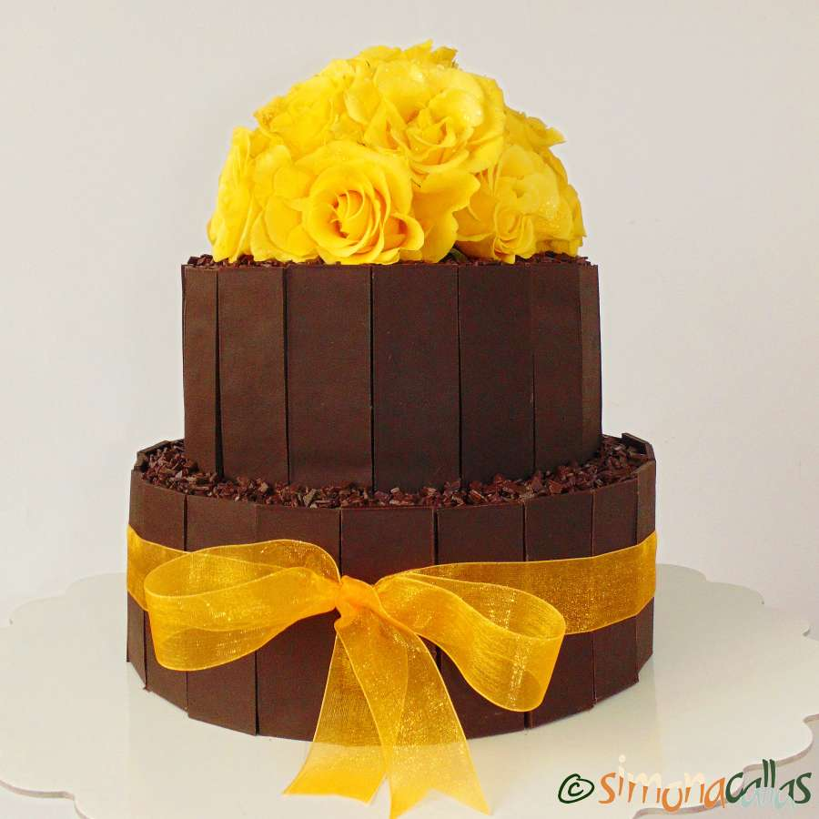 Tort aniversar cu ciocolata si vanilie