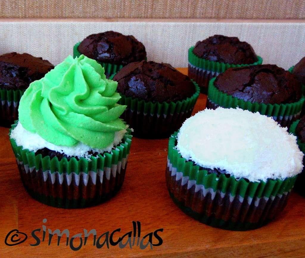 Cupcakes de post cu ciocolata si frisca d