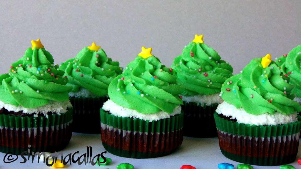 Christmas-Tree-Cupcakes-2