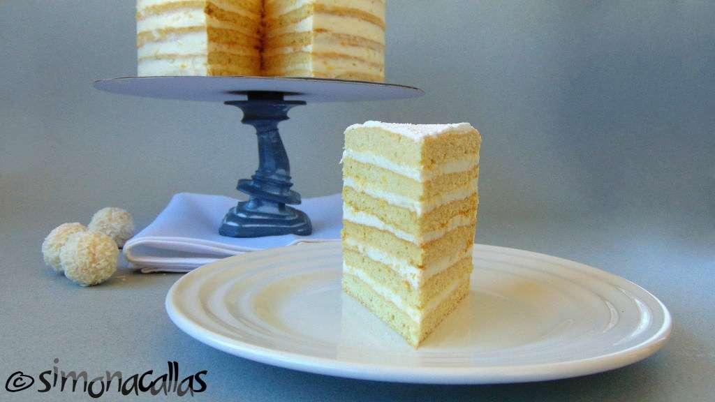 Tort Alba ca Zapada Prajitura Lamaita 4