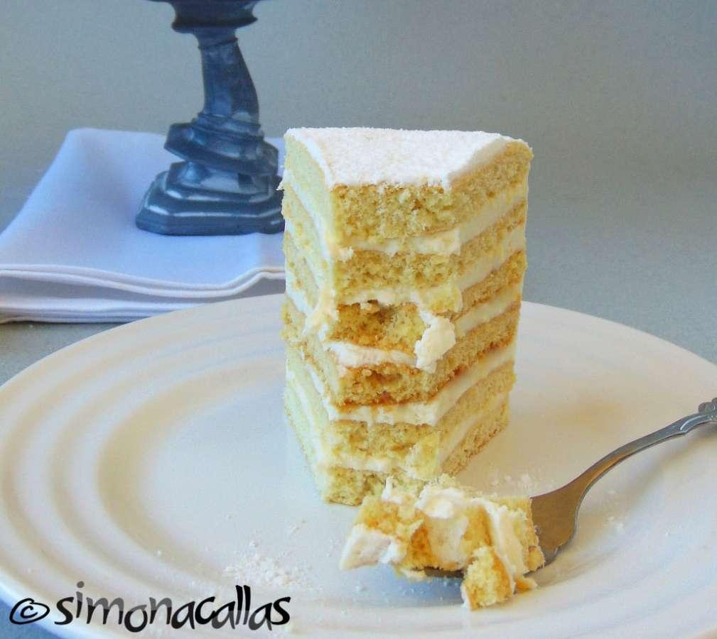 Tort Alba ca Zapada Prajitura Lamaita 6