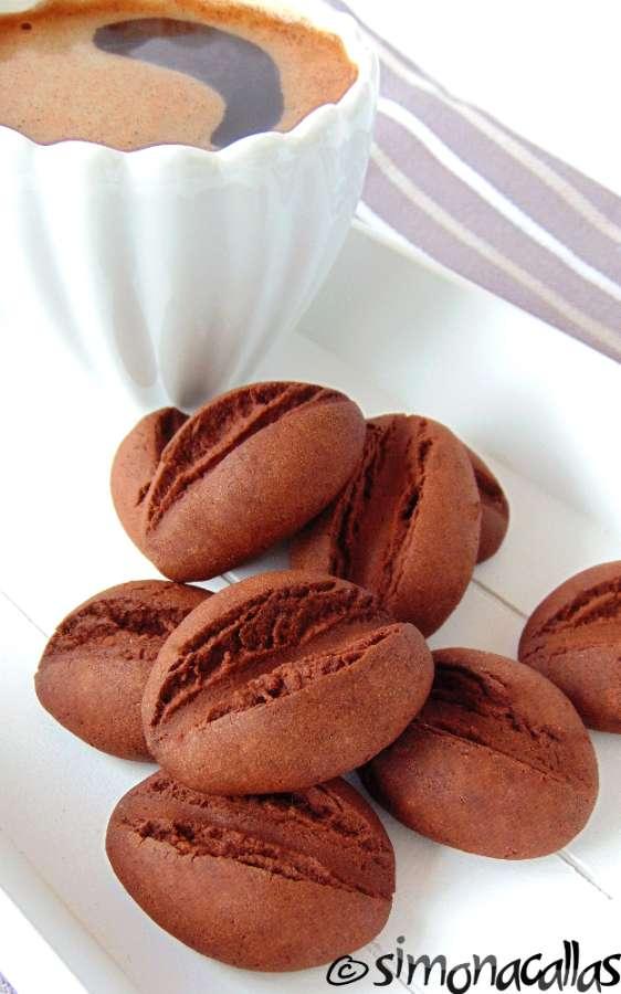 Fursecuri boabe de cafea buscuiti cacao ciocolata 4