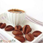 Fursecuri boabe de cafea – biscuiti fragezi cu cacao