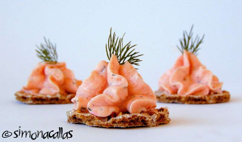 Smoked salmon mousse canap s recipe simonacallas for Smoked salmon mousse canape