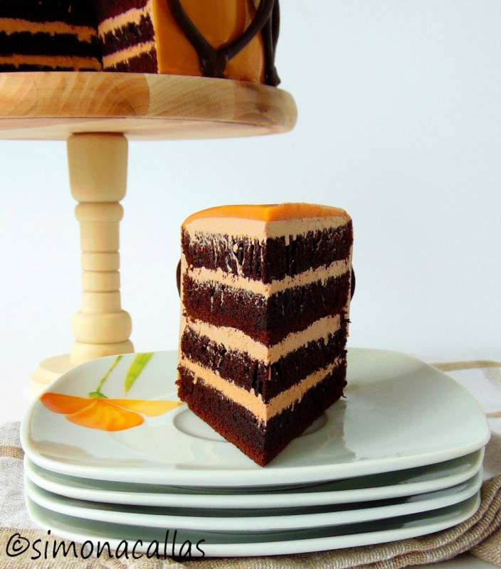 Chocolate-Caramel-Cake-6