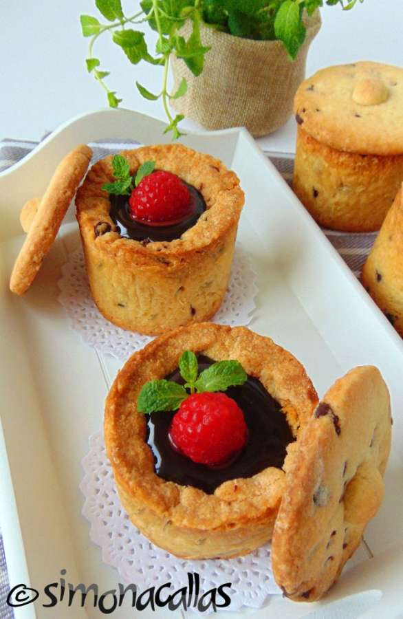 Cupe din biscuiti cu ciocolata