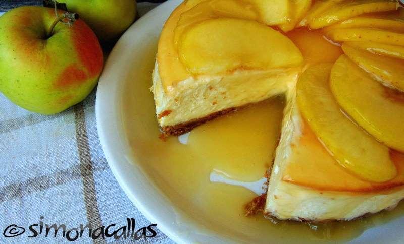 Cheesecake-cu-sos-de-mere-4