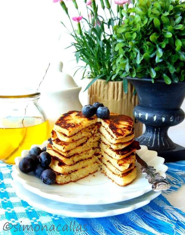 Low-carb-Coconut-Pancakes-3