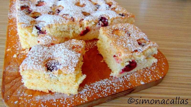 Sour-Cherry-Sponge-Cake-2