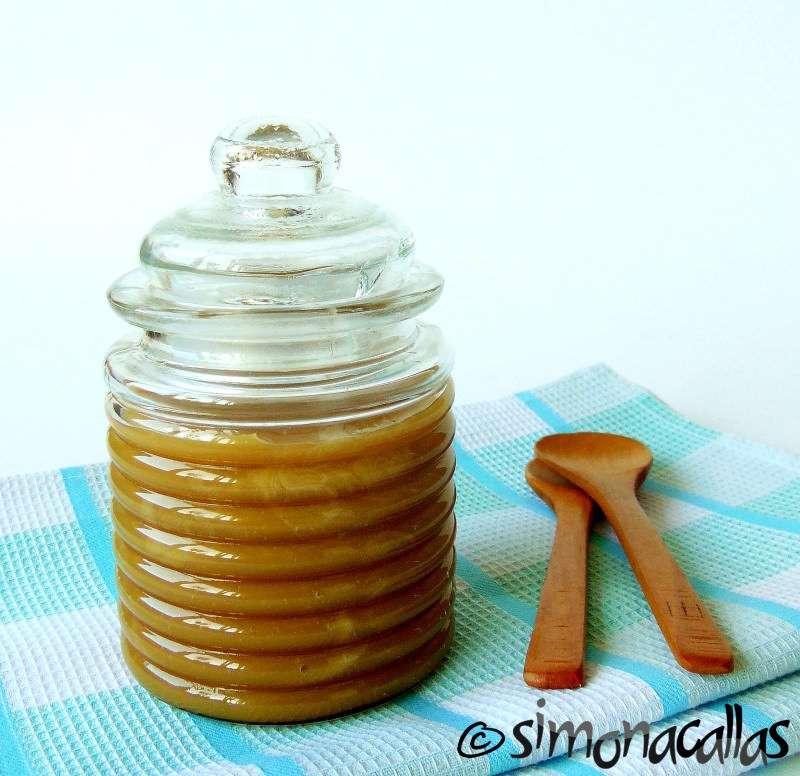 Vegan-Caramel-Sauce-3