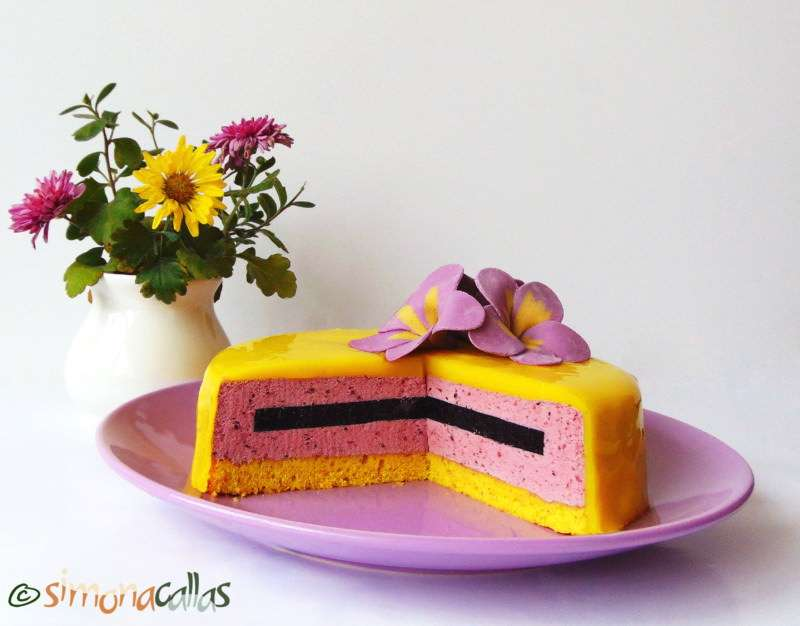 Lemon-Blackberry-Entremet-4