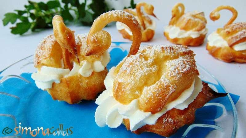 Choux-Pastry-Swans- Swan-Pâte-à-Choux-1