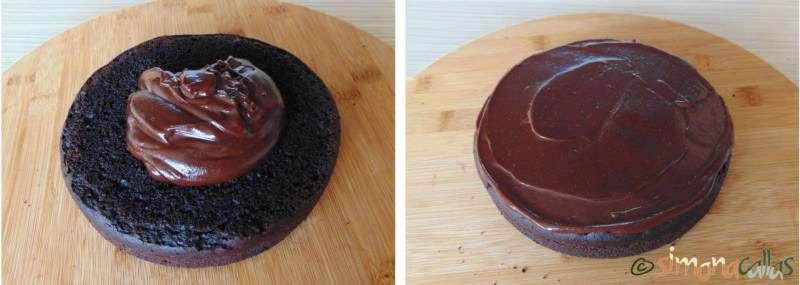 Tort de post cu ciocolata si unt de arahide d