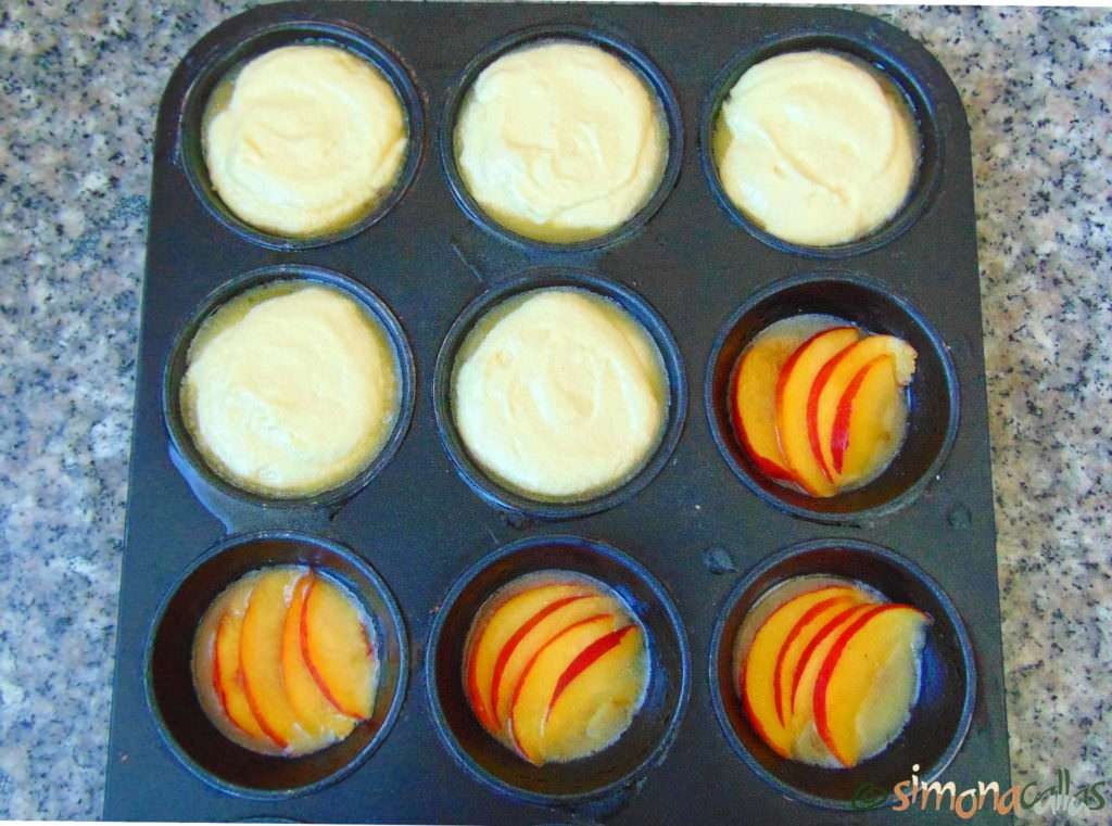 Cupcakes-Cocktail-cu-Piersici-Nectarine-a