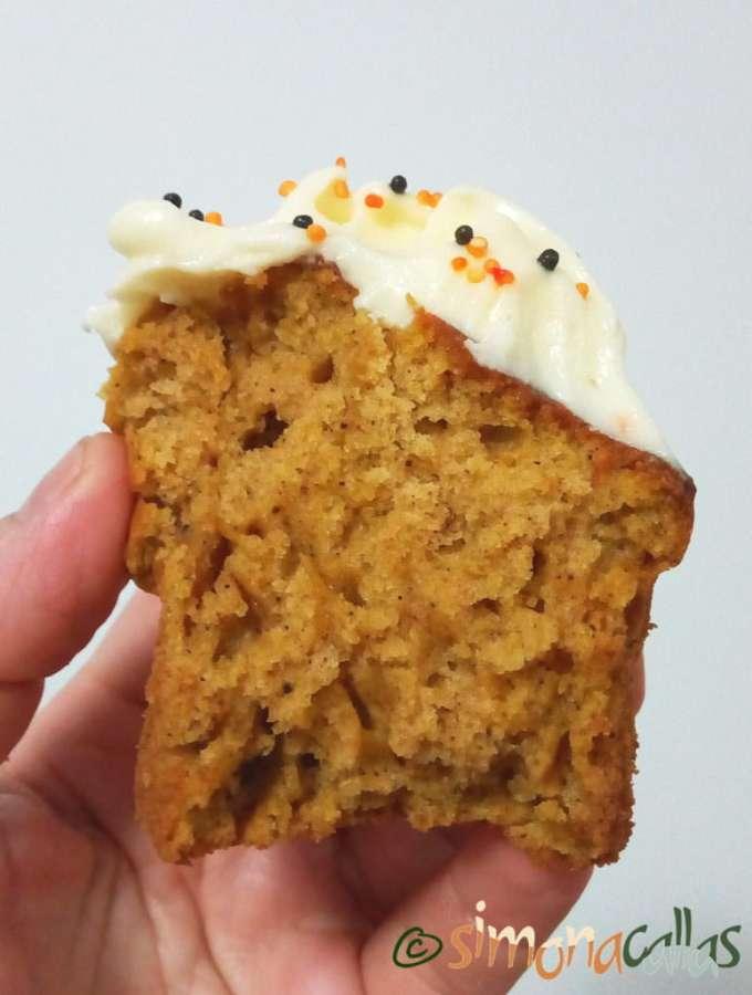 Cupcakes cu dovleac şi cremă de brânză 5
