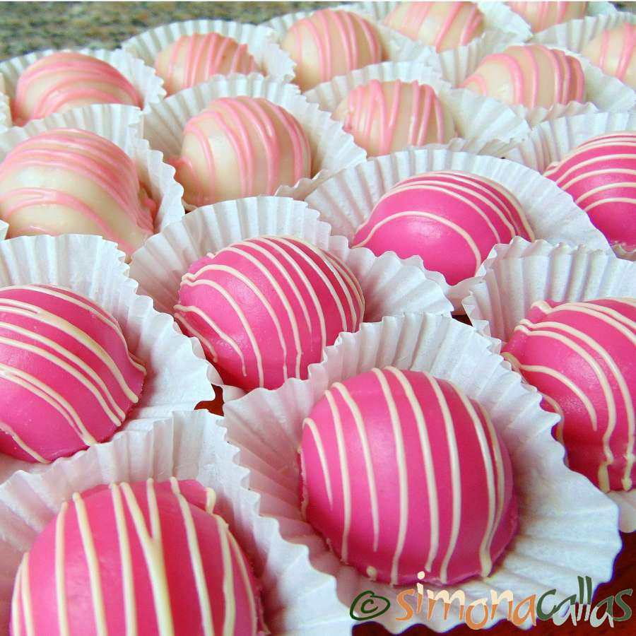 Fondant Glazed Bonbons with Rose Filling presentation