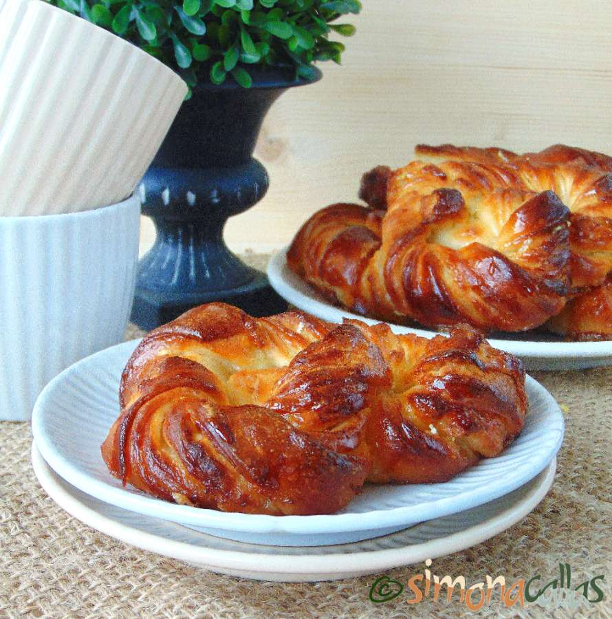 Soft Croissant Style Sweet Bagels 2