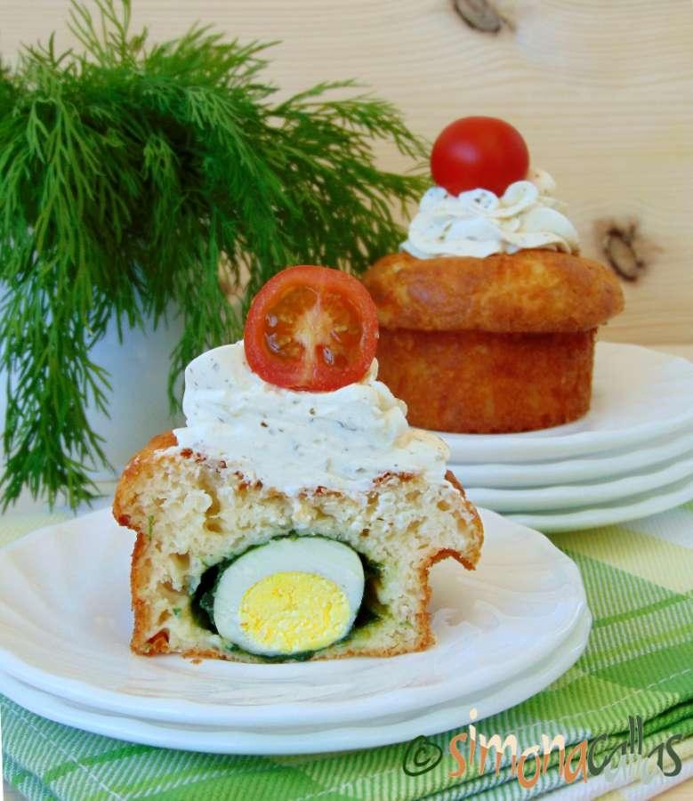 Cupcakes aperitiv cu oua de prepelita si crema de branza