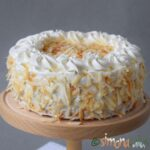 Tort cu cocos vanilie ciocolata si frisca – un desert rafinat