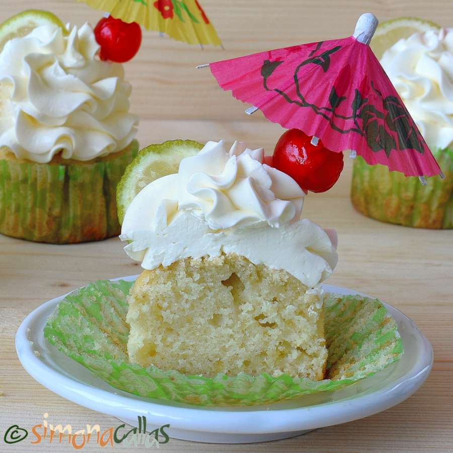 Cupcakes Margarita cu lime tequila si triplu sec
