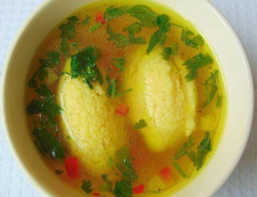Supa de galuste fine si pufoase – galuste perfecte