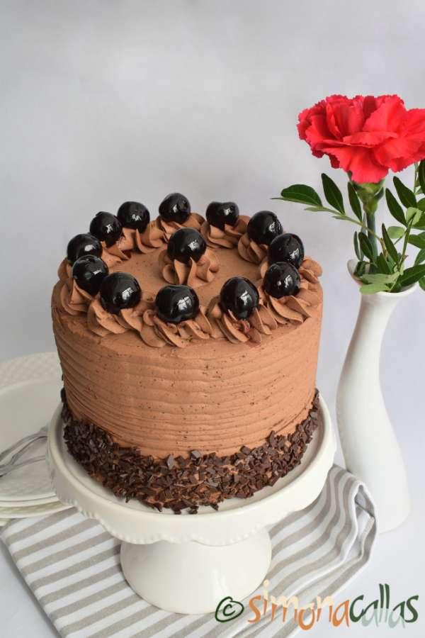 Tort Amarena cu ciocolata si cirese amare