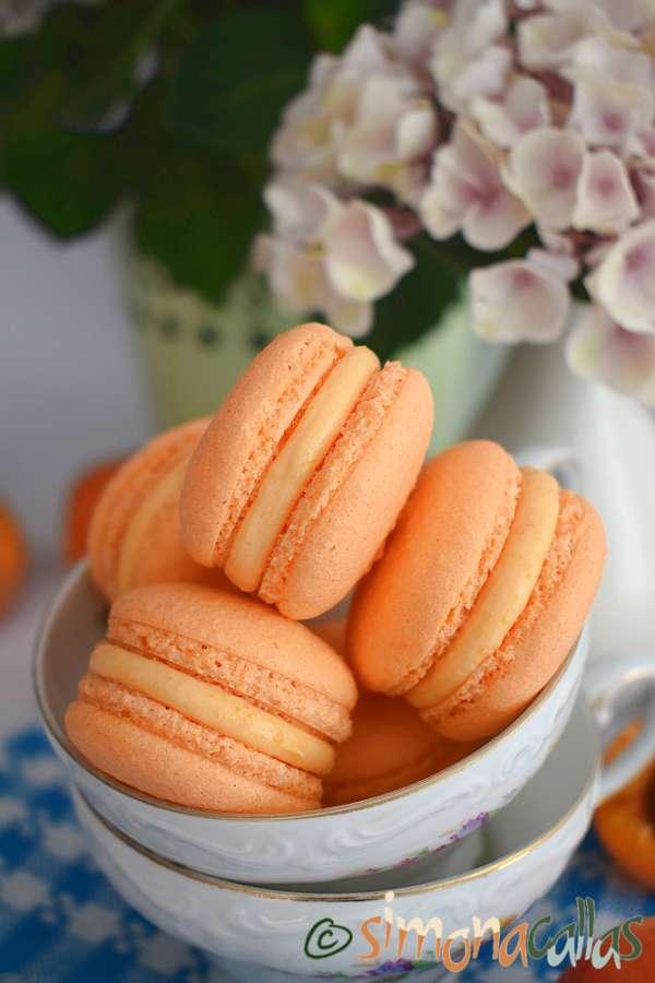 Macarons cu caise